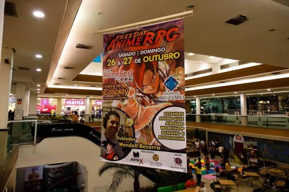 Cartaz no Shopping Rio Claro (imagem: Lau)