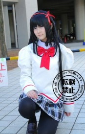 comiket-85-day-1-cosplay-2-35-468x738