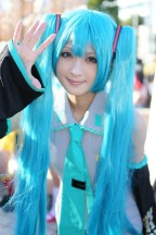 comiket-85-day-1-cosplay-3-2-468x702